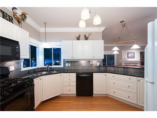 """Photo 9: 18039 68TH Avenue in Surrey: Cloverdale BC House for sale in """"NORTH CLOVERDALE WEST"""" (Cloverdale)  : MLS®# F1412711"""