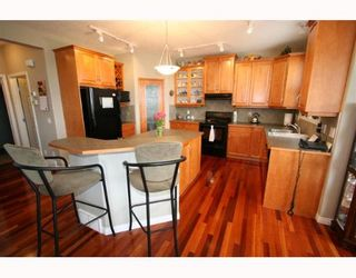 Photo 5:  in CALGARY: Valley Ridge Residential Detached Single Family for sale (Calgary)  : MLS®# C3258868