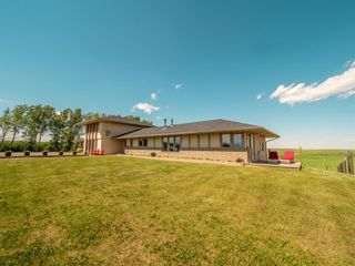 Photo 2: For Sale: 28224 Hwy 505, Rural Pincher Creek No. 9, M.D. of, T0K 1W0 - A1122504