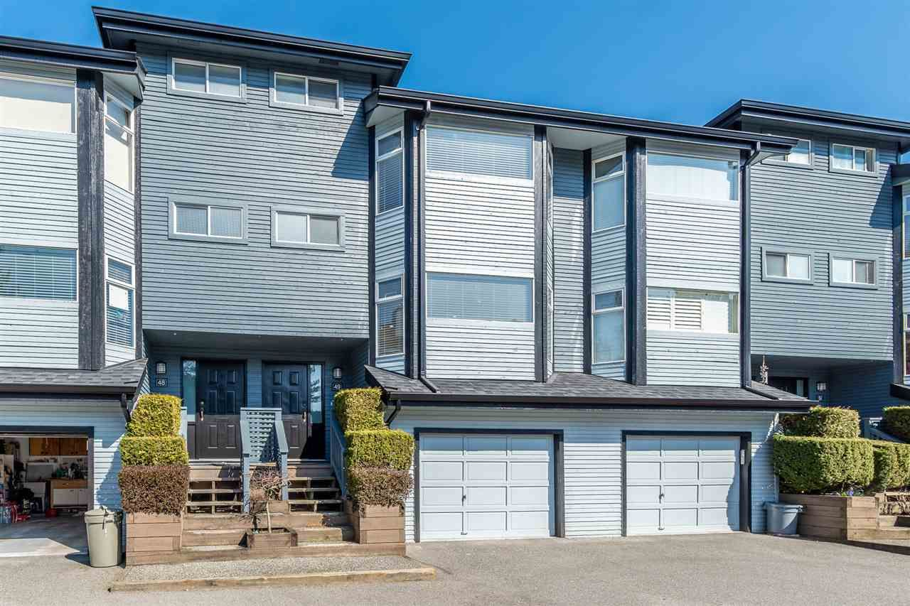 """Main Photo: 49 1195 FALCON Drive in Coquitlam: Eagle Ridge CQ Townhouse for sale in """"THE COURTYARDS"""" : MLS®# R2447677"""