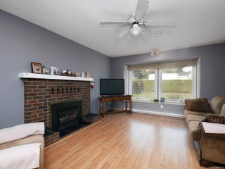 Photo 2: 3128 Glen Lake Rd in Langford: La Glen Lake House for sale : MLS®# 868787