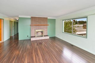 Photo 13: 2536 ASQUITH St in : Vi Oaklands House for sale (Victoria)  : MLS®# 883783