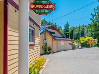 Photo 3: 6781 BATHGATE Road in Egmont: Pender Harbour Egmont Business with Property for sale (Sunshine Coast)  : MLS®# C8038912