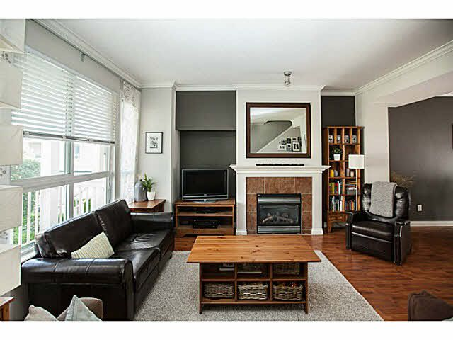 "Photo 3: Photos: 44 5999 ANDREWS Road in Richmond: Steveston South Townhouse for sale in ""RIVERWIND"" : MLS®# V1128692"