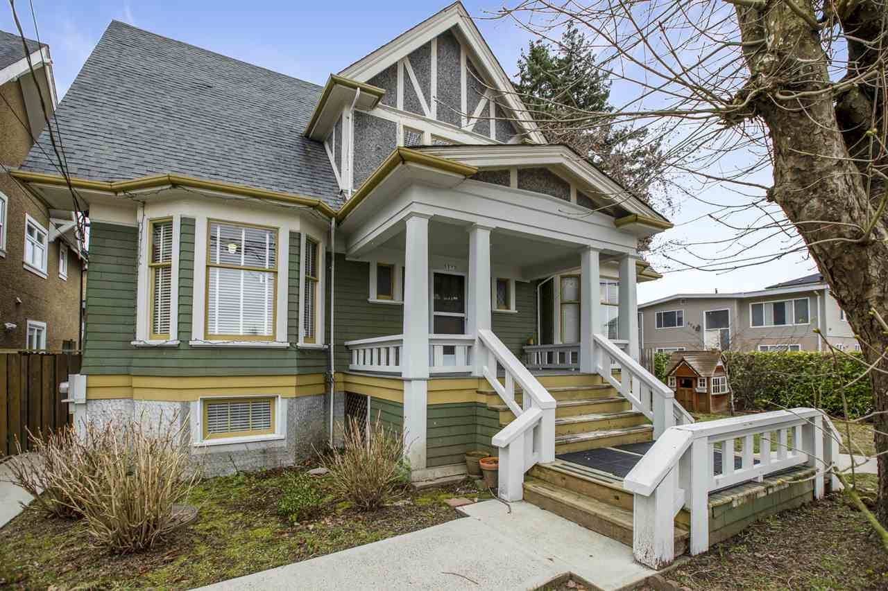 Main Photo: 5872 WALES Street in Vancouver: Killarney VE House for sale (Vancouver East)  : MLS®# R2539487