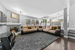 """Photo 6: 14636 76 Avenue in Surrey: East Newton House for sale in """"Chimney Hill"""" : MLS®# R2485483"""