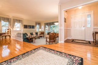 Photo 3: 2078 SANDSTONE Drive in Abbotsford: Abbotsford East House for sale : MLS®# R2231862