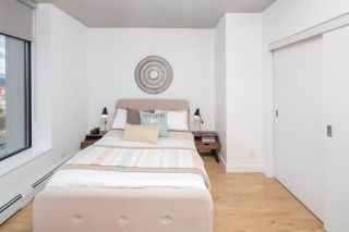 """Photo 7: 2309 108 W CORDOVA Street in Vancouver: Downtown VW Condo for sale in """"WOODWARDS W32"""" (Vancouver West)  : MLS®# R2146313"""