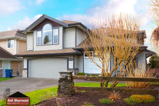 """Photo 3: 10555 239 Street in Maple Ridge: Albion House for sale in """"The Plateau"""" : MLS®# R2539138"""