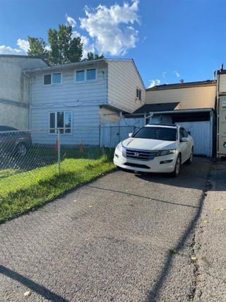 Main Photo: 4314 5A Avenue SE in Calgary: Forest Heights Row/Townhouse for sale : MLS®# A1136386