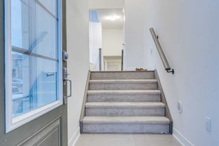 Photo 4: 54 Shawfield Way in Whitby: Pringle Creek House (3-Storey) for sale : MLS®# E5116924