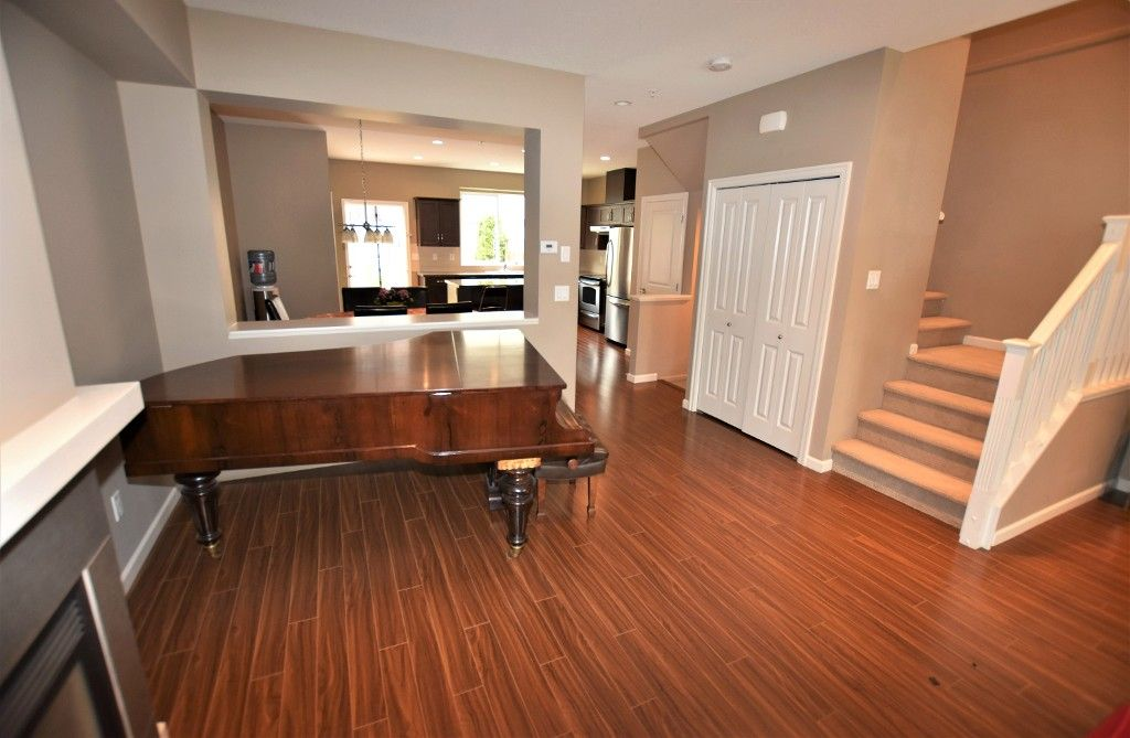 """Photo 5: Photos: 20849 71B Avenue in Langley: Willoughby Heights Condo for sale in """"Milner Heights"""" : MLS®# R2161882"""