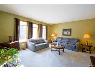 Photo 2: 626 Charleswood Road in Winnipeg: Residential for sale (1G)  : MLS®# 1704236