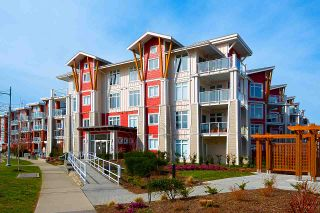 """Photo 1: 205 4211 BAYVIEW Street in Richmond: Steveston South Condo for sale in """"THE VILLAGE"""" : MLS®# R2550894"""