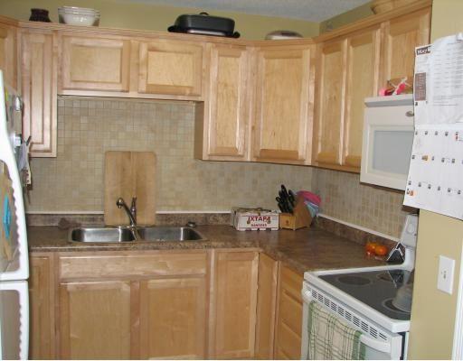 Photo 2: Photos: 43 CODE Street in WINNIPEG: Maples / Tyndall Park Residential for sale (North West Winnipeg)  : MLS®# 2908839