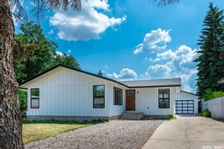 Photo 1: 45 Red River Road in Saskatoon: River Heights SA Residential for sale : MLS®# SK864181