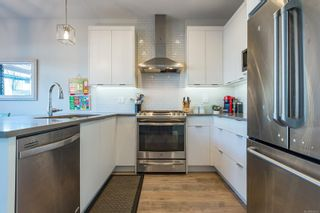 Photo 2: 36 2607 Kendal Ave in : CV Cumberland Row/Townhouse for sale (Comox Valley)  : MLS®# 863032