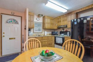 Photo 4: 111 8220 KING GEORGE Boulevard in Surrey: Bear Creek Green Timbers Manufactured Home for sale : MLS®# R2516723