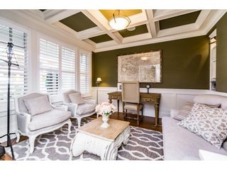 Photo 2: 14438 MALABAR CRESCENT: White Rock House for sale (South Surrey White Rock)  : MLS®# R2104715