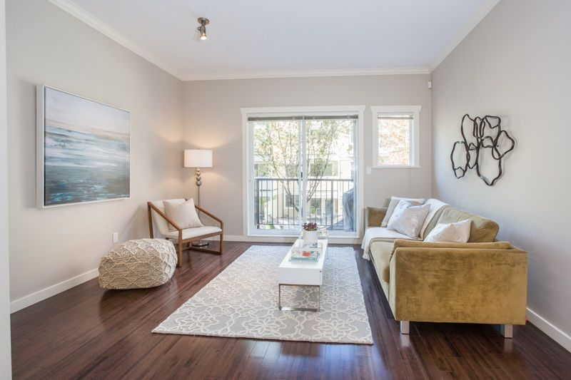 Main Photo: 18 6888 RUMBLE STREET in : South Slope Townhouse for sale : MLS®# R2217759