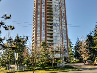 Photo 1: 903 6888 STATION HILL DRIVE in Burnaby: South Slope Condo for sale (Burnaby South)  : MLS®# R2336364