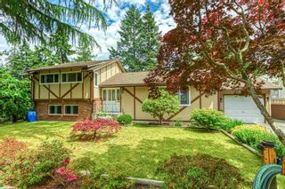 Photo 1: 1176 ENGLISH BLUFF Road in Delta: Tsawwassen Central House for sale (Tsawwassen)  : MLS®# R2477380