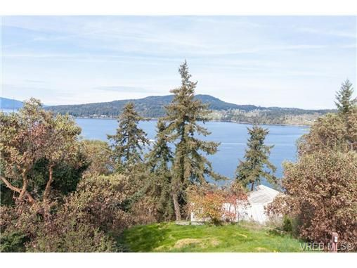 Main Photo: 848 Melody Pl in VICTORIA: CS Willis Point House for sale (Central Saanich)  : MLS®# 684829