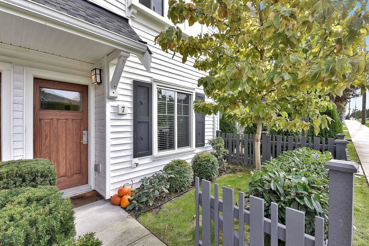 """Main Photo: 7 2550 156 Street in Surrey: King George Corridor Townhouse for sale in """"PAXTON"""" (South Surrey White Rock)  : MLS®# R2625890"""
