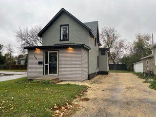 Photo 1: 200 6th Avenue NE in Portage la Prairie: House for sale : MLS®# 202124514