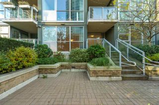 """Photo 19: 206 189 NATIONAL Avenue in Vancouver: Mount Pleasant VE Condo for sale in """"THE SUSSEX"""" (Vancouver East)  : MLS®# R2018042"""