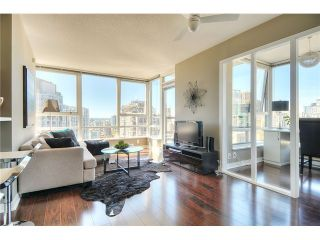 """Photo 1: 2910 928 BEATTY Street in Vancouver: Yaletown Condo for sale in """"The Max"""" (Vancouver West)  : MLS®# V1052333"""