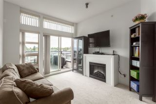 """Photo 6: 413 4550 FRASER Street in Vancouver: Fraser VE Condo for sale in """"CENTURY"""" (Vancouver East)  : MLS®# R2186913"""