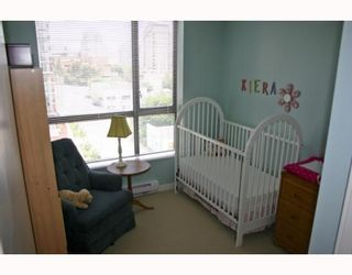 """Photo 9: 1006 833 AGNES Street in New_Westminster: Downtown NW Condo for sale in """"THE NEWS"""" (New Westminster)  : MLS®# V759639"""
