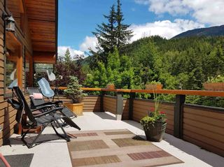 """Photo 23: 2347 CHEAKAMUS Way in Whistler: Bayshores House for sale in """"Bayshores"""" : MLS®# R2595543"""