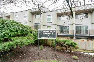 "Photo 1: 211 312 CARNARVON Street in New Westminster: Downtown NW Condo for sale in ""CARNARVON TERRACE"" : MLS®# R2241320"