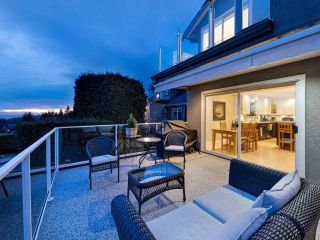 Photo 17: 167 W ST. JAMES Road in North Vancouver: Upper Lonsdale House for sale : MLS®# R2551883