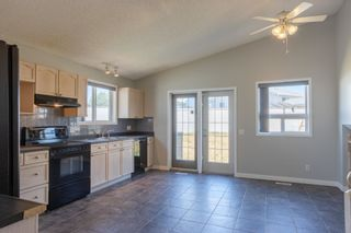 Photo 11: 3612 130 Avenue in Edmonton: Zone 35 House for sale : MLS®# E4252278