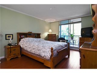 """Photo 8: 211 12148 224TH Street in Maple Ridge: East Central Condo for sale in """"THE PANORAMA"""" : MLS®# V897742"""