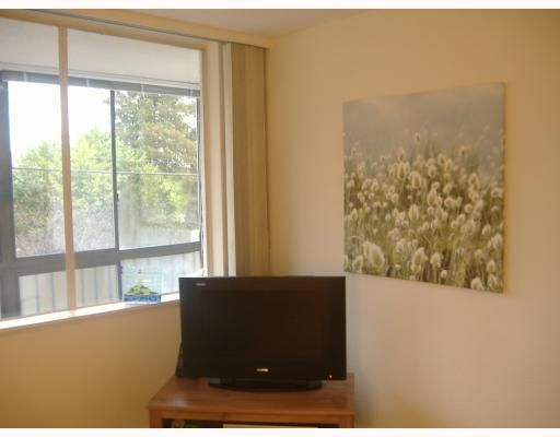 """Photo 25: Photos: # 206 555 13TH ST Ambleside, West Vancouver in West Vancouver: Ambleside Condo for sale in """"PARKVIEW TOWER"""" : MLS®# V751957"""