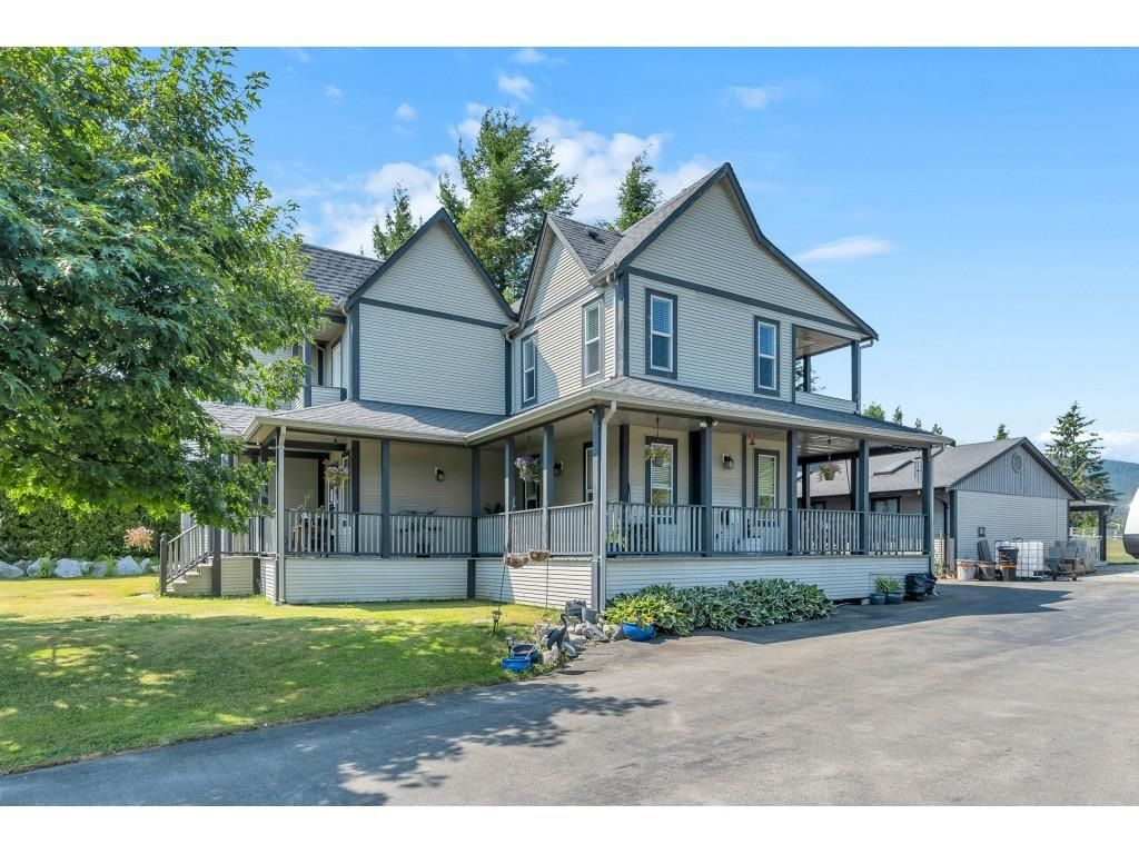 Main Photo: 34129 YORK Avenue in Mission: Mission BC House for sale : MLS®# R2598957