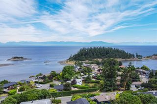Photo 5: 3738 Overlook Dr in Nanaimo: Na Hammond Bay House for sale : MLS®# 881944