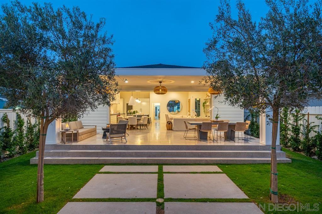 Main Photo: CORONADO VILLAGE House for sale : 5 bedrooms : 370 Glorietta Blv in Coronado