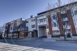 Main Photo: 218 116 7A Street NE in Calgary: Bridgeland/Riverside Row/Townhouse for sale : MLS®# A1095566