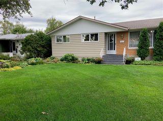 Photo 3: 18 Cameo Crescent in Winnipeg: North Kildonan Residential for sale (3F)  : MLS®# 202106998