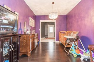 Photo 8: 1436 CHAHLEY Place in Edmonton: Zone 20 House for sale : MLS®# E4245265