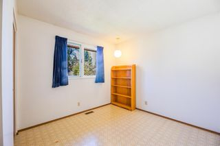Photo 19: 120 Silver Springs Drive NW in Calgary: Silver Springs Detached for sale : MLS®# A1144635