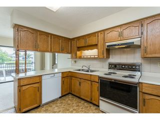 """Photo 5: 63 32959 GEORGE FERGUSON Way in Abbotsford: Central Abbotsford Townhouse for sale in """"OAKHURST"""" : MLS®# R2612971"""