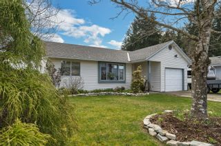 Photo 3: 2717 Apple Dr in : CR Willow Point House for sale (Campbell River)  : MLS®# 871732