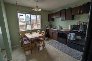 Photo 9: 147 Midbend Place SE in Calgary: Midnapore Row/Townhouse for sale : MLS®# A1041625
