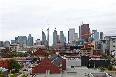 Main Photo: 709 90 Trinity Street in Toronto: Moss Park Condo for lease (Toronto C08)  : MLS®# C3220401